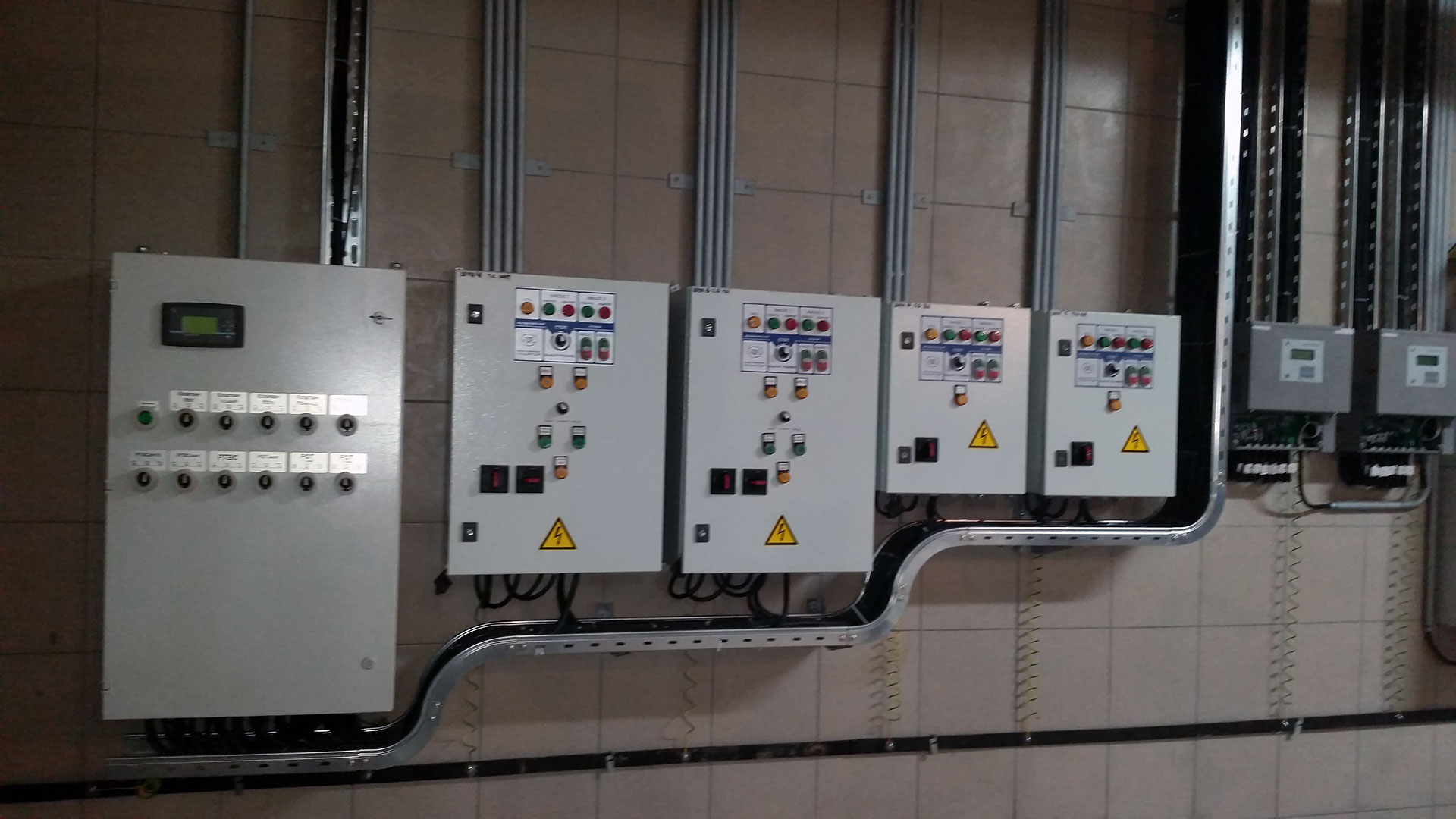 Шкафы управления и автоматизации, Трансформер SL, Шкаф Управления насосами ГРАНТОР, Шкаф узла учета тепловой энергии (УУТЭ) ВИСТ (ВИС.Т)